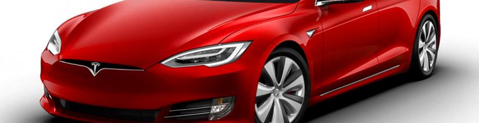 Tesla Model S Plaid буде протистояти Mercedes і Porsche