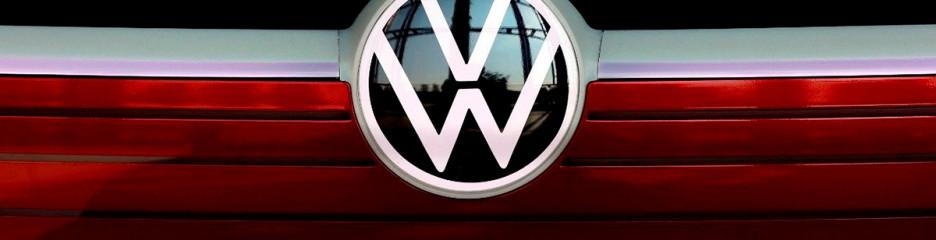 Ексклюзив: Volkswagen придбає кредити у Tesla в Китаї для дотримання екологічних правил
